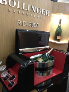 James Bond Bollinger use